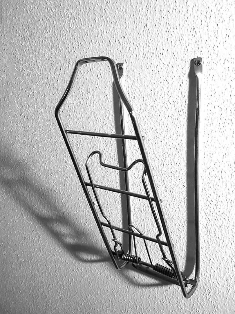 hanger_gross_sw.jpg