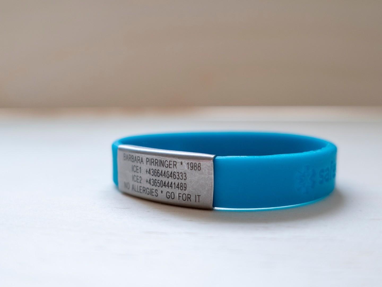 wristband_1.jpg